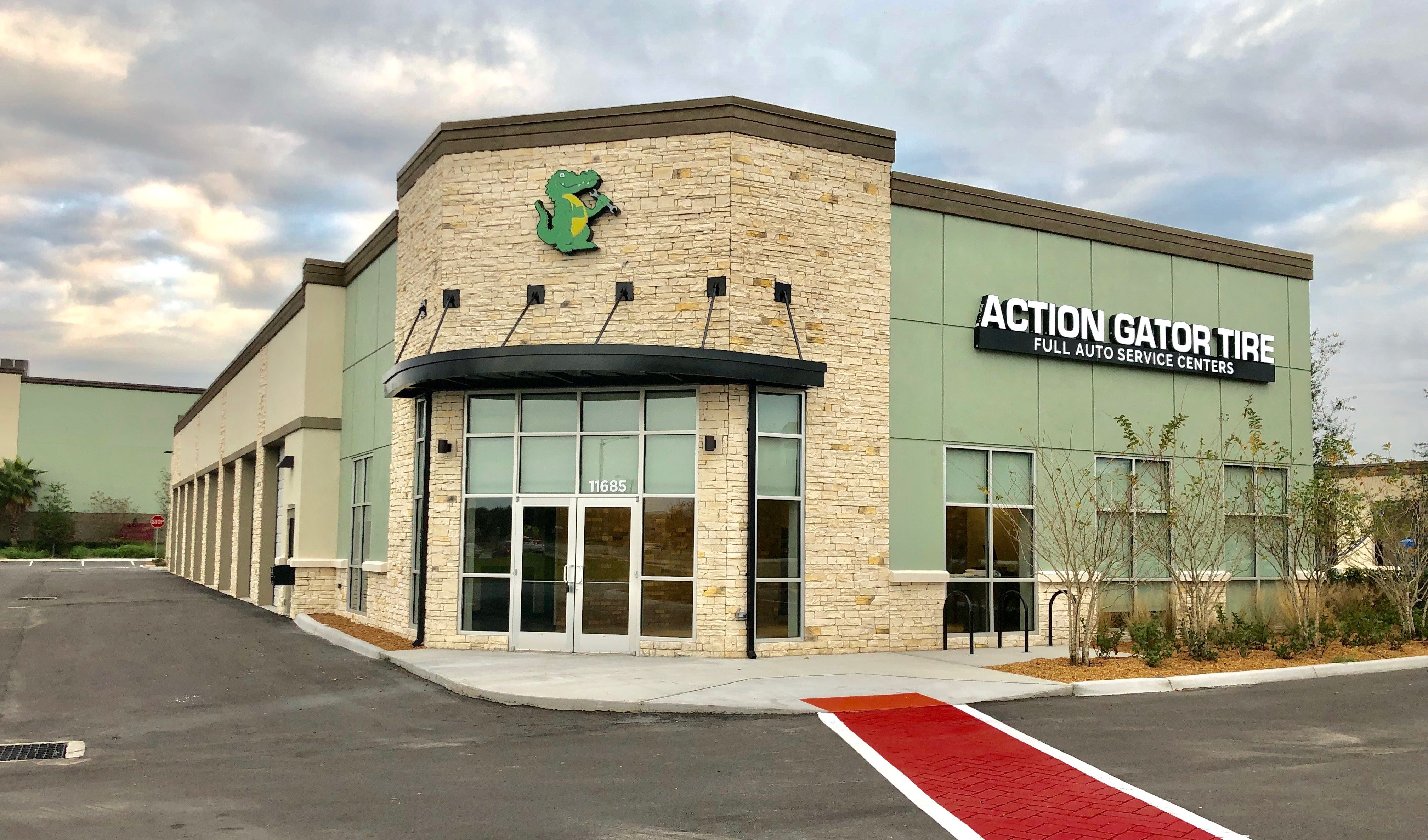 Action Gator Tire Windermere